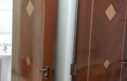 Bedrooms Door Varnish