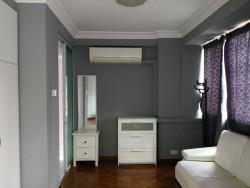 condo-master-bedroom